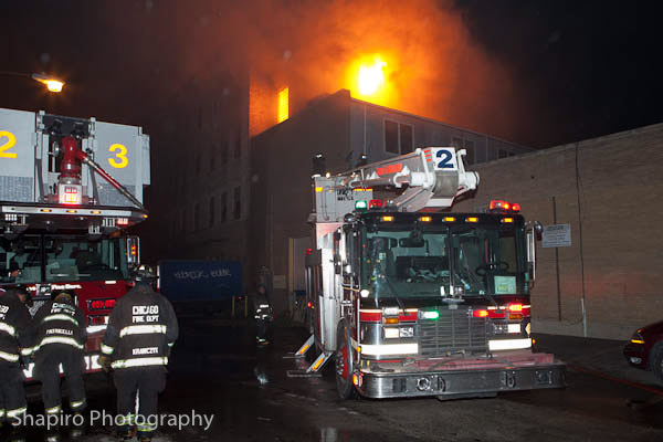 5-11 Alarm fire in Chicago 9-30-12 at 2620 W. Nelson Snorkel Squad 2