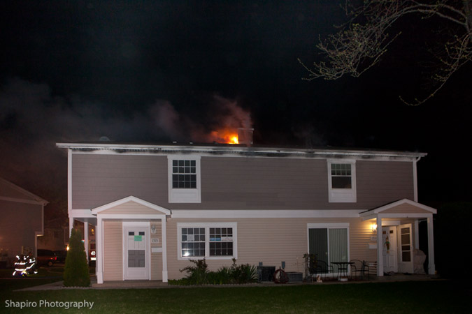 townhouse fire in Wheeling IL 4-3-12 1315 Exeter Court