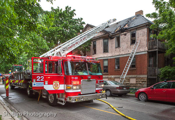 apartment building fire on Judson in Evanston 6-5-13 Larry Shapiro photography Evanston Fire Department