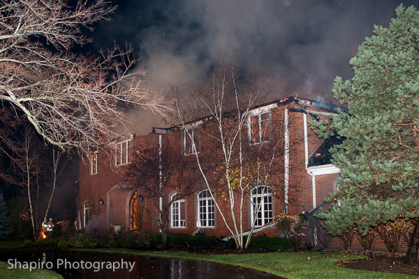 mansion destroyed by fire in Lake Forest IL 11-11-13 Larry Shapiro photography www.shapirophotography.net