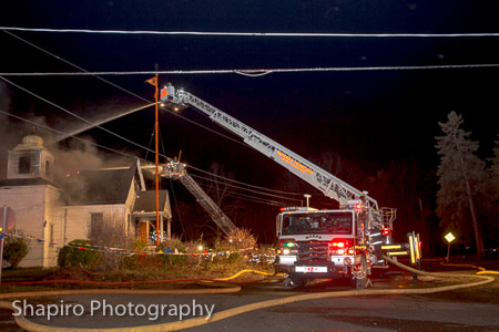McHenry Township FPD Tower Ladder Wauconda Fire District 2-Alarm fire destroys Sikh temple 11-11-14 chicagoareafire.com