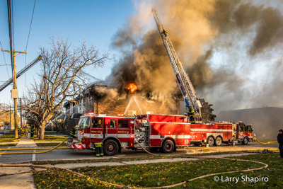 3-Alarm fatal apartment fire at 361 Marshall Road in Bensenville IL 11-19-17 Bensenville Fire Department