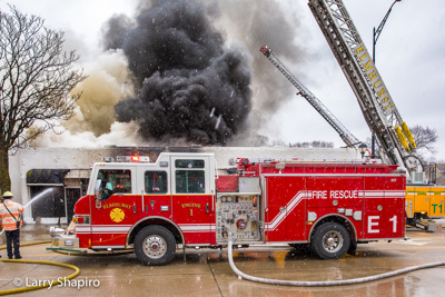 Elmhurst Fire Department 2-Alarm fire 1/26/17 at the VIP Occasions Bridal Shop Larry Shapiro photographer Shapirophotography.net