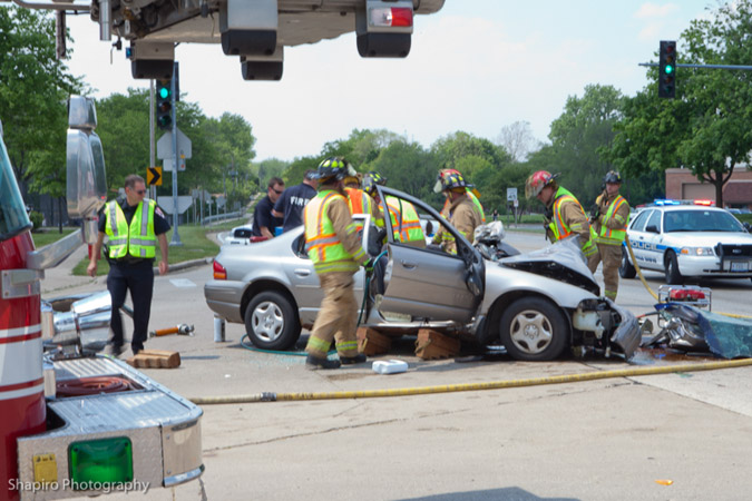 Buffalo Grove MVA accident with entrapment at Lake Cook Road and Raupp Boulevard 5-19-12