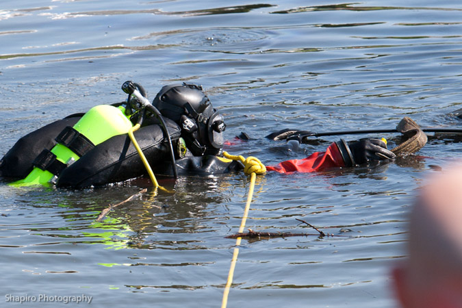 Countryside FPD divers recover car in a pond 5-21-12 at Lakeview Parkway and Fairway Drive Vernon hills