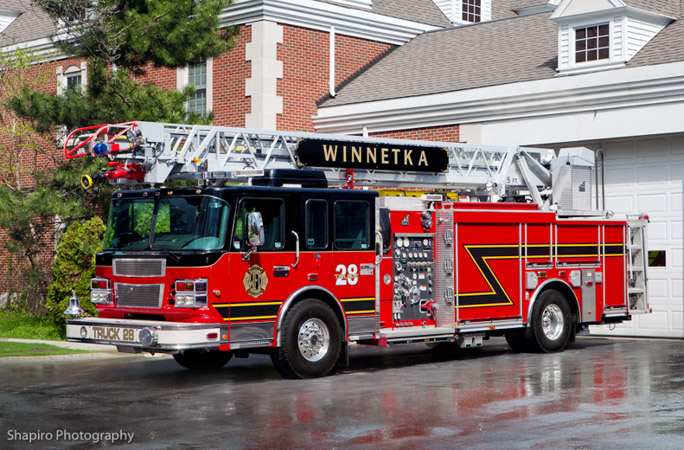 Winnetka Fire Department Truck 28 Smeal quint