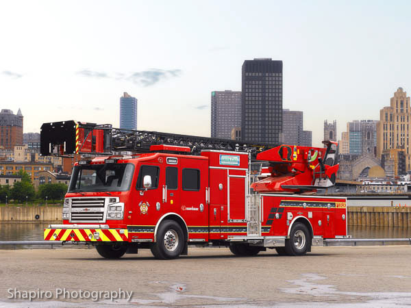 Rosenbauer America Commander Raptor Metz aerial Larry Shapiro photography