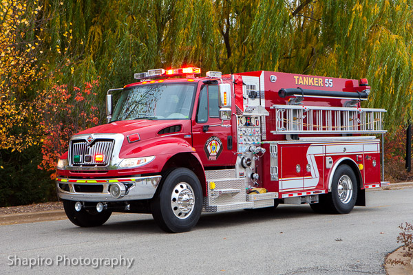Long Grove FPD Tanker 55 new fire truck built by Alexis Fire Equipment Larry Shapiro photography shapirophotography.net