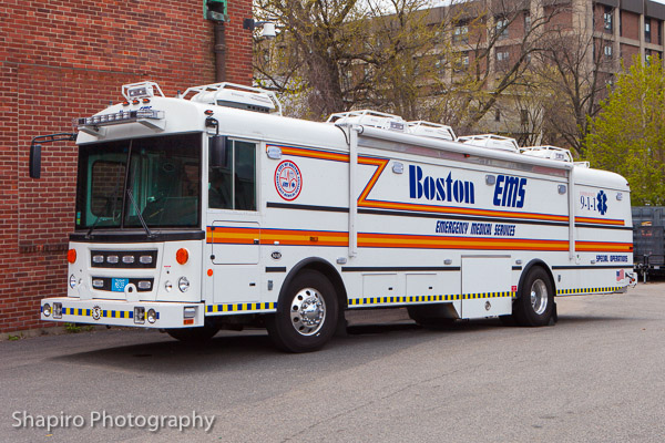 Boston EMS MAB Medical Ambulance Bus Sartin Services Larry Shapiro Photography shapirophotography.net