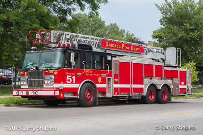 Chicago FD Truck 51 SpartanERV aerial ladder in Chicago fire trucks fire apparatus shapirophotography.net Larry Shapiro photographer