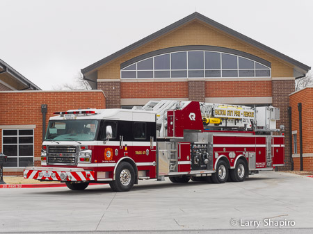 Haltom City TX Fire Department Rosenbauer America mid-mount Cobra tower ladder Commander chassis Larry Shapiro photography shapirophotography.net