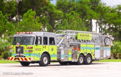 Miami-Dade Fire Rescue Tower 26 2015 Sutphen SPH100 100' MM tower ladder HS5517 shapirophotography.net Larry Shapiro photographer