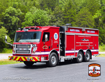 DeSoto Rural FPD MO 2016 Rosenbauer America Commander MP3 pumper tanker with stubby ER cab Larry Shapiro photographer shapirophotography.net