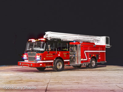 Frankfort FPD Squad 71 2016 Smeal LTC 55' Snorkel fire truck Larry Shapiro photographer shapirophotography.net