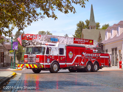 Zionsville Fire Department Ladder 93 2016 E-ONE Cyclone II CR137 137' aerial ladder Larry Shapiro photographer shapirophotography.net