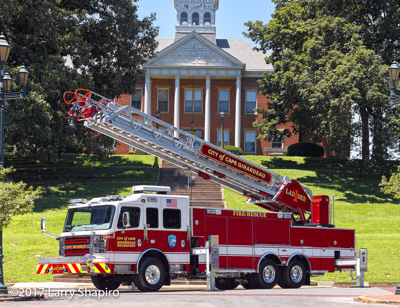 Cape Girardeau Fire Department MO Rosenbauer America Commander fire trucks fire engines apparatus heavy rescue Viper aerial ladder shapirophotography.net Larry Shapiro photographer #larryshapiro