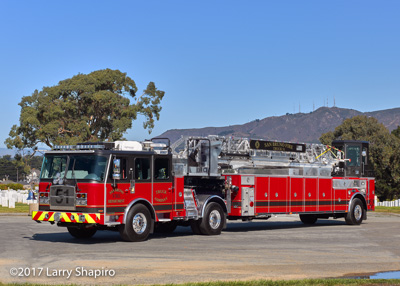 San Bruno Fire Department CA fire trucks E-ONE Cyclone II pumper HP100 TDA tractor-drawn aerial shapirophotography.net Larry Shapiro photographer #larryshapiro