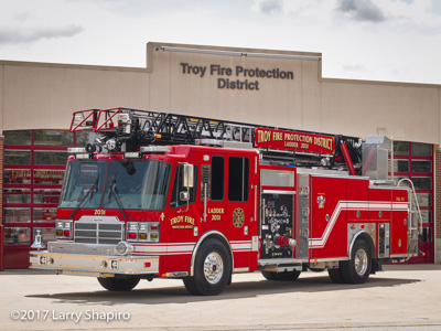 Troy FPD Troy IL fire trucks Ferrara Cinder aerial quint HD77 fire trucks American LaFrance Eagle heavy rescue unit fire trucks apparatus shapirophotography.net Larry Shapiro photographer #larryshapiro