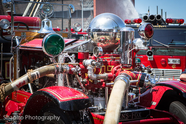 1923 Ahrens Fox fire engine Larry Shapiro photography shapirophotography.net antique fire engines